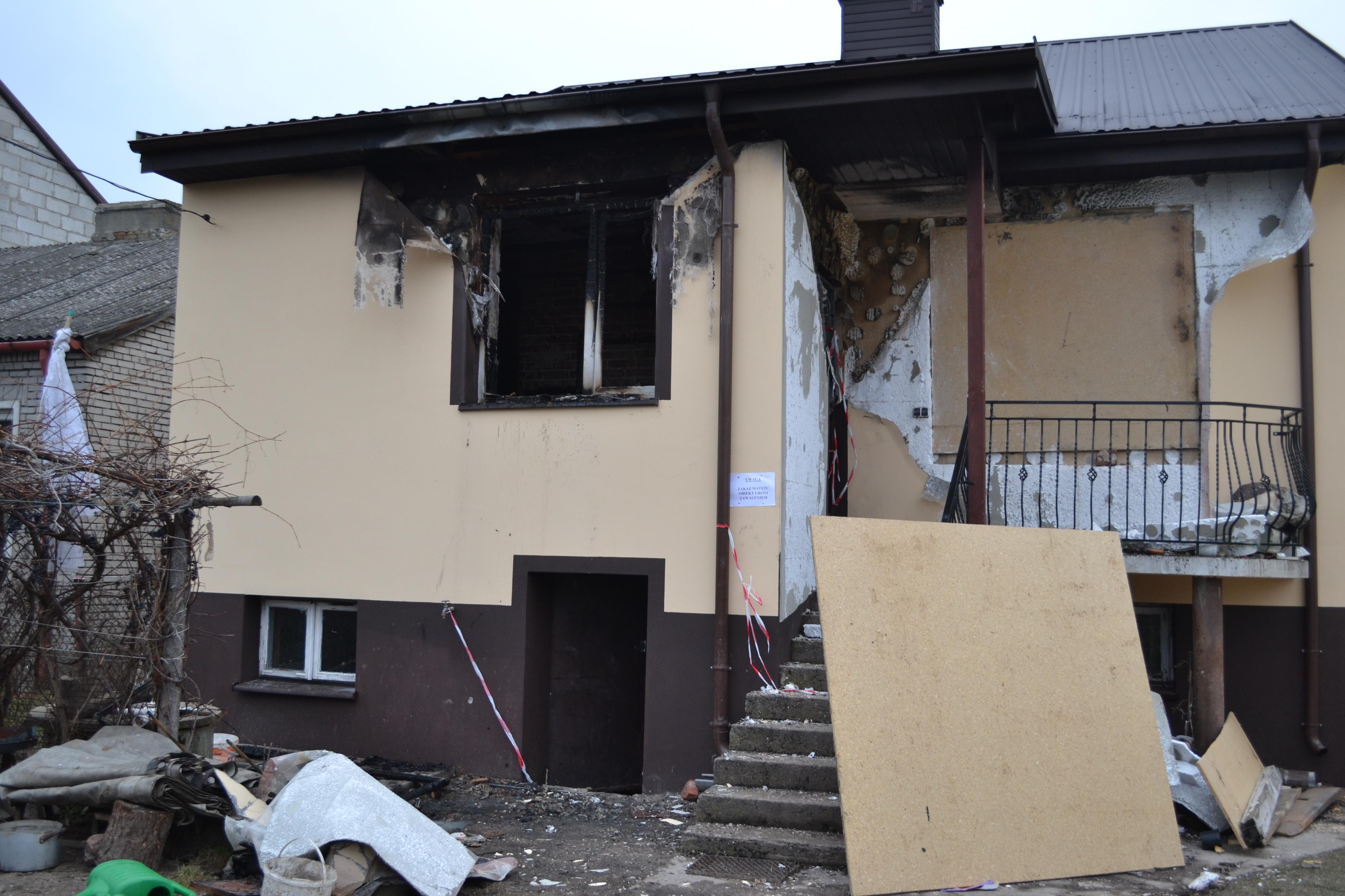 zdjęcie domu po wybuchu gazu